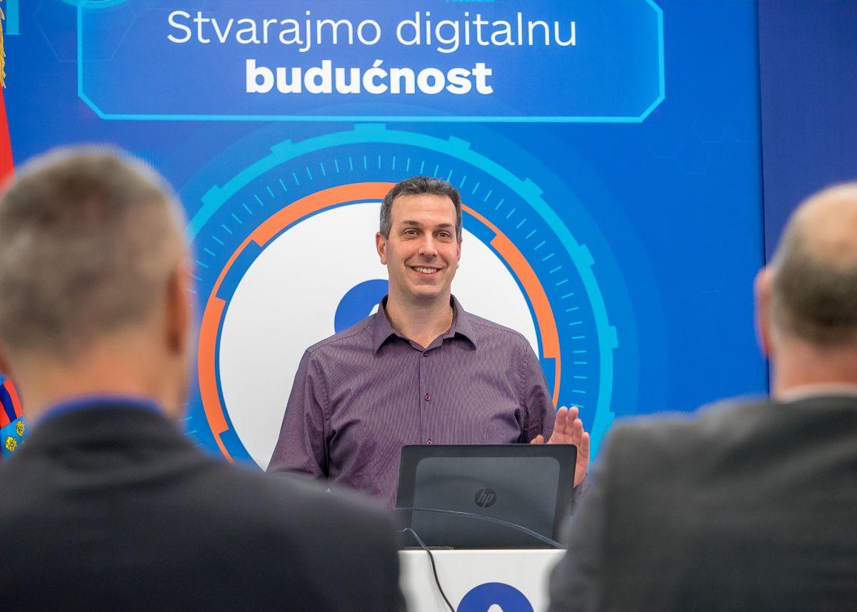 """Hrvoje Balen, potpredsjednik HUP-Udruge informatičke i komunikacijske djelatnosti te nacionalni koordinator inicijative """"eSkills for Jobs"""""""